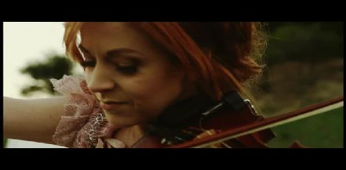 Lindsey Stirling Ft. Lzzy Hale - Shatter Me