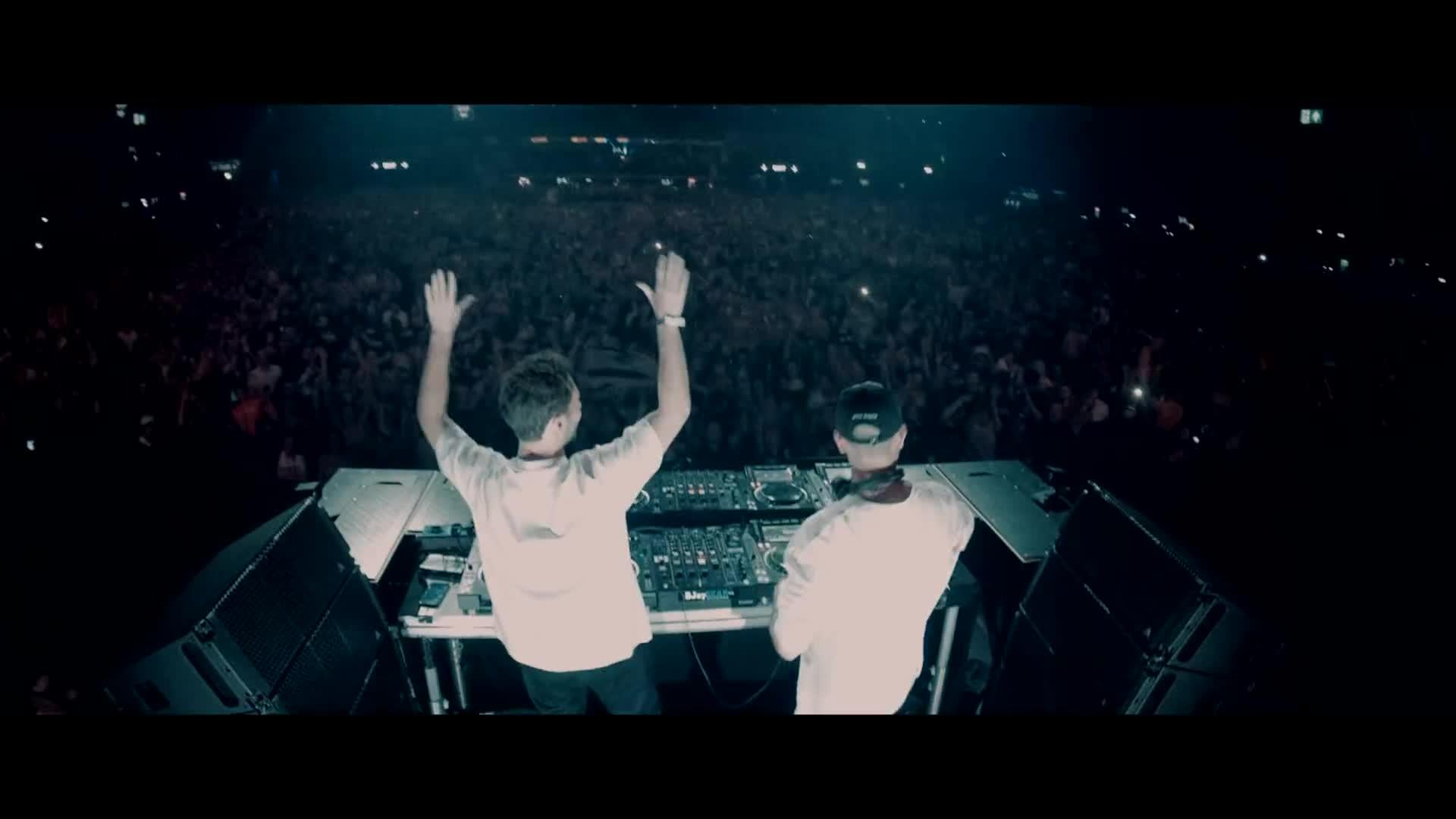 Martin Garrix, Matisse & Sadko & Michel Zitron - Hold On