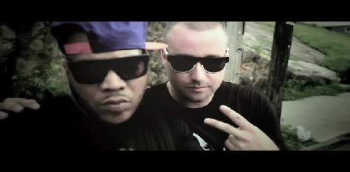Snowgoons Ft. Genovese & Styles P - Walk The Streets