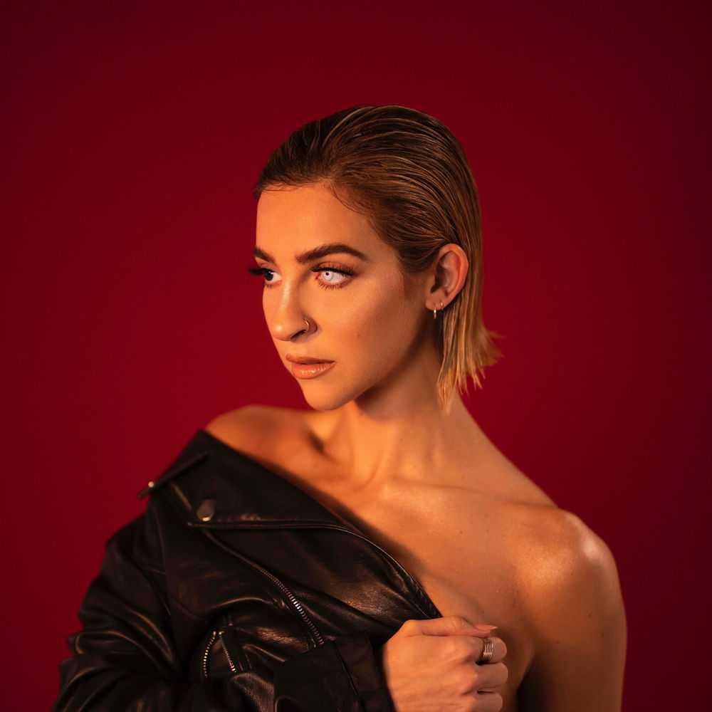 Gabbie Hanna - Dandelion